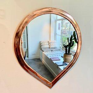 Spiegel in druppelvorm, L